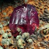 Roselite<br />Bou Azzer (Bou Azzer District), Drâa-Tafilalet Region, Morocco<br />Cristal 1,1 cm<br /> (Author: Enrique Llorens)