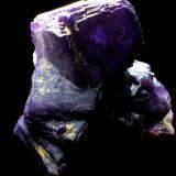 Fluorita<br />Zona minera de Berbes, Berbes, Ribadesella, Comarca Oriente, Asturias, Principado de Asturias, España<br />6x5cm<br /> (Autor: Obsi)
