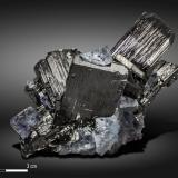 Ferberite and Fluorite<br />Yaogangxian Mine, Yizhang, Chenzhou Prefecture, Hunan Province, China<br />87 x 57 mm<br /> (Author: Manuel Mesa)