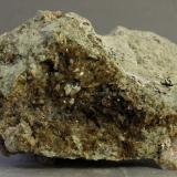 Axinita-(Mn)<br />Mina Iron Cap, Landsman Camp, Aravaipa, Distrito Aravaipa, Montes Santa Teresa, Condado Graham, Arizona, USA<br />51x33x24 mm<br /> (Autor: Juan Espino)