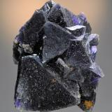 Fluorite<br />Cookes Peak District, Luna County, New Mexico, USA<br />10.1 x 8.0 cm. Largest crystal is 5.5 cm.<br /> (Author: Philip Simmons)