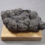 Safflorita<br />Mina Victory, Coleman, Zona Cobalt, Región Cobalt-Gowganda, Distrito Timiskaming, Ontario, Canadá<br />9,5 x 6 x 2,5 cm<br /> (Autor: J. G. Alcolea)