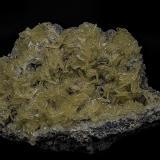 Barite<br />Skorpion Mine, Rosh Pinah, Lüderitz District, Karas Region, Namibia<br />12.1 x 7.7 cm<br /> (Author: am mizunaka)