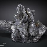 Löllingite and Arsenopyrite<br />Huanggang Mines, Hexigten Banner (Kèshíkèténg Qí), Ulanhad (Chifeng), Inner Mongolia Autonomous Region, China<br />117 X 82 mm<br /> (Author: Manuel Mesa)