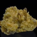 Barite, Calcite<br />Elk Creek, Dalzell, Meade County, South Dakota, USA<br />7.9 x 5.9 cm<br /> (Author: am mizunaka)
