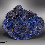 Azurite<br />Chengmenshan Mine, Jiujiang Co., Jiujiang Prefecture, Jiangxi Province, China<br />99 x 66 mm<br /> (Author: Manuel Mesa)