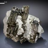 Elbaite<br />Paprok, Kamdesh District, Nuristan Province, Afghanistan<br />95 X 79 mm<br /> (Author: Manuel Mesa)
