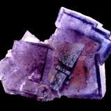 Fluorite<br />Cave-in-Rock, Cave-in-Rock Sub-District, Hardin County, Illinois, USA<br />Specimen size 9 cm<br /> (Author: Tobi)