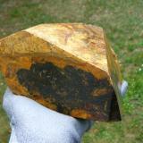Uraninite (variety pitchblende)<br />La Crouzille, Saint-Sylvestre, Ambazac, Limoges, Haute-Vienne, Nouvelle-Aquitaine, France<br />22 x 17 x 8 cm<br /> (Author: Benj)