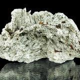 Baryte, Chalcopyrite<br />Dreislar Mine, Dreislar, Winterberg, Sauerland, North Rhine-Westphalia/Nordrhein-Westfalen, Germany<br />12,4 x 6,8 x 3,6 cm<br /> (Author: Niels Brouwer)