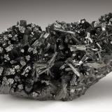 Manganite<br />Ilfeld, Nordhausen, Harz, Thuringia/Thüringen, Germany<br />110 mm x 54 mm x 39 mm. Mass: 347 g<br /> (Author: Carles Millan)