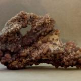 Cuarzo (variedad calcedonia)<br />Zona Mamuju, Provincia Sulawesi Barat, Sulawesi, Indonesia<br />125x65x36 mm.<br /> (Autor: Juan Espino)