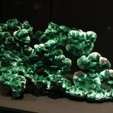 Never saw malachite crystallized like that... this is a truly fascinating specimen (Author: Fiebre Verde)