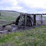 The restored Killhope waterwheel, which provided power to ore separation jigs in the adjacent building. (Author: Jesse Fisher)