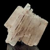 Baryte<br />N'Chwaning II Mine, N'Chwaning mining area, Kuruman, Kalahari manganese field (KMF), Northern Cape Province, South Africa<br />6 x 5,5 x 4 cm<br /> (Author: Niels Brouwer)