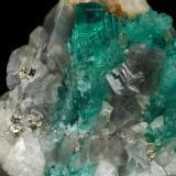 Beryl (variety emerald), Calcite, Pyrite<br />Chivor mining district, Municipio Chivor, Eastern Emerald Belt, Boyacá Department, Colombia<br />37x30x32mm, largest xl=10mm<br /> (Author: Fiebre Verde)