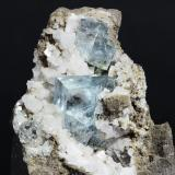 Fluorita<br />Cantera Walworth, Walworth, Condado Wayne, New York, USA<br />cristal mayor 14mm<br /> (Autor: Ramon A  Lopez Garcia)