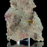 Baryte, Quartz<br />Pöhla-Tellerhäuser Mine, Pöhla, Schwarzenberg District, Erzgebirgskreis, Saxony/Sachsen, Germany<br />8,2 x 5,9 x 1,9 cm<br /> (Author: Niels Brouwer)