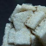 Fluorita recubierta de Cuarzo<br />Mina Rosita, Colmenar del Arroyo, Comarca Sierra Oeste de Madrid, Madrid, Comunidad de Madrid, España<br />3,5 x  2 cm<br /> (Autor: javier ruiz martin)