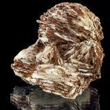 Baryte<br />Winterberg Quarry, Iberg, Bad Grund, Göttingen District, Harz, Lower Saxony/Niedersachsen, Germany<br />6,8 cm x 6,5 cm x 6,4 cm<br /> (Author: Niels Brouwer)