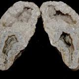 Quartz with Quartz (variety chalcedony)<br />Indiana, USA<br />11 cm x 7 cm<br /> (Author: Bob Harman)