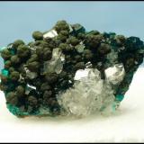 Calcite, Mottramite, Dioptase<br />Tsumeb Mine, Tsumeb, Otjikoto Region, Namibia<br />30 x 22 x 10 mm<br /> (Author: Pierre Joubert)