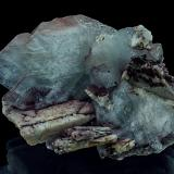 Baryte, Dolomite, Hematite<br />Frizington, West Cumberland Iron Field, former Cumberland, Cumbria, England, United Kingdom<br />7,7 x 5,9 x 4,3 cm<br /> (Author: Niels Brouwer)