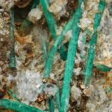 Beryl (variety emerald), Albite (variety cleavelandite), Pyrite<br />Chivor mining district, Municipio Chivor, Eastern Emerald Belt, Boyacá Department, Colombia<br />57x87x46mm, longest xl=44mm<br /> (Author: Fiebre Verde)