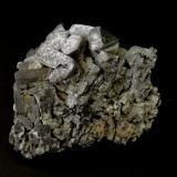 Galena<br />Zona minera Madan, Montes Rhodope, Smolyan Oblast, Bulgaria<br />6cm x 3,5cm x 6cm<br /> (Autor: srm13151)
