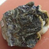 Pirrotita, Siderita, Calcita<br />Mina Herja, Chiuzbaia, Baia Sprie, Maramures, Rumanía<br />4 x 3 x 3 cm  (peso: 45 gramos)<br /> (Autor: Kaszon Kovacs)