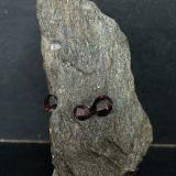 'Granate'<br />Alaska, USA<br />9.5 x 5 cm<br /> (Autor: Pedro Antonio)
