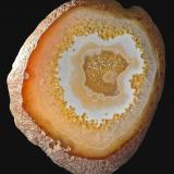 Cuarzo (variedad ágata)<br />Brasil<br />14,8 x 12,9 cm.<br /> (Autor: Xavier bordas)