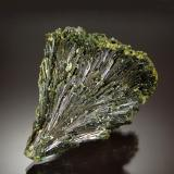 Epidote<br />Green Monster Mountain, Prince of Wales Island, Ketchikan District, Prince of Wales-Outer Ketchikan Borough, Alaska, USA<br />3.0 cm x 5.0 cm x 6.0 cm<br /> (Author: Michael Shaw)