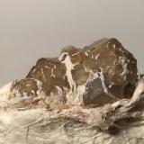 Andradite (variety demantoid), asbestos<br />Franscia Quarry, Lanzada, Malenco Valley (Valmalenco), Sondrio Province, Lombardy, Italy<br />79 x 38 mm<br /> (Author: Sante Celiberti)