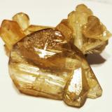 Cerusite<br />Les Dalles Mine (Lidal Mine), Mibladen mining district, Mibladen, Midelt, Midelt Province, Drâa-Tafilalet Region, Morocco<br />4 cm. x 2,5 cm.<br /> (Author: Enrique Llorens)