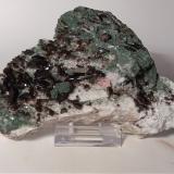 Muscovite, Quartz, Chlorite<br />Beura Quarries, Beura-Cardezza, Ossola Valley, Verbano-Cusio-Ossola Province, Piedmont (Piemonte), Italy<br />121 x 72 mm<br /> (Author: Sante Celiberti)