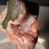'Apophyllite', AnalcimeAlpe Siusi (Alpe Seis, Seiser Alm), Valle Gardena (Valle Gröden), Provincia Bolzano, Trentino-Alto Adige (Trentino-Südtirol), Italia54 x 45 mm (Author: Sante Celiberti)