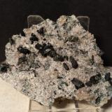 Clinochlore (variety pennine), Quartz, Titanite<br />Ossola Valley, Verbano-Cusio-Ossola Province, Piedmont, Italy<br />72 x 56 mm<br /> (Author: Sante Celiberti)