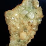 Fluorapophyllita-(K) ('Apofilita'), Stilbita-Ca (Estilbita-Ca)<br />India<br />12 x 8 cm<br /> (Autor: Pedro Antonio)