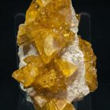 Baryte and Quartz<br />Pöhla, Schwarzenberg District, Erzgebirgskreis, Saxony/Sachsen, Germany<br />Specimen size: 7.2 × 4.2 × 3.6 cm / Main crystal size: 2 × 1 cm<br /> (Author: Jordi Fabre)