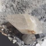 Calcite<br />Stilfserjoch, Autonomous Province South Tyrol, Trentino-Alto Adige (Trentino-Südtirol), Italy<br />6 x 6 cm<br /> (Author: Volkmar Stingl)