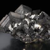 Ferberite twinned<br />Tazna Mine, Cerro Tazna, Atocha-Quechisla District, Nor Chichas Province, Potosí Department, Bolivia<br />pending<br /> (Author: Gail)