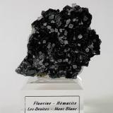 Hematite and Fluorite<br />Les Droites (south face), Mont Blanc Massif, Chamonix, Haute-Savoie, Auvergne-Rhône-Alpes, France<br />60mm x 55mm *35 mm<br /> (Author: Philippe Durand)