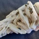 Baryte, Chalcopyrite<br />Dreislar Mine, Dreislar, Winterberg, Sauerland, North Rhine-Westphalia/Nordrhein-Westfalen, Germany<br />9 x 4 cm<br /> (Author: Volkmar Stingl)