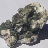 Albite (variety pericline), Chlorite (Group)<br />Floitengrund, Ziller Valley (Zillertal), North Tyrol, Tyrol/Tirol, Austria<br />6 x 3,5 cm<br /> (Author: Volkmar Stingl)