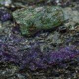 Beryl (variety emerald), Fluorite<br />Curlew Emerald Mine, Shaw River, East Pilbara Shire, Pilbara Region, Western Australia, Australia<br /><br /> (Author: am mizunaka)