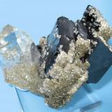 Ferberite, quartz, mica Panasqueira Mines, Level 2, Panasqueira, Covilhã, Castelo Branco District, Portugal 75 mm x 50 mm x 40 mm (Author: Carles Millan)