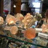 Pink Fluorites on shelf in Fluorite cabinet. (Author: Gail)