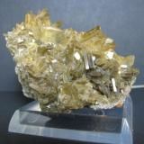Barite<br /><br /><br /> (Author: Linda Smith)