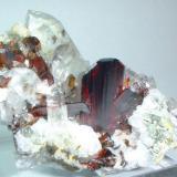 Brookite, quartz Zard Mts., Raskoh Mts., Balochistan, Pakistan 58 mm x 46 mm (Author: Carles Millan)